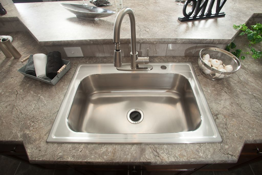 kitchen sinks commodore of indiana