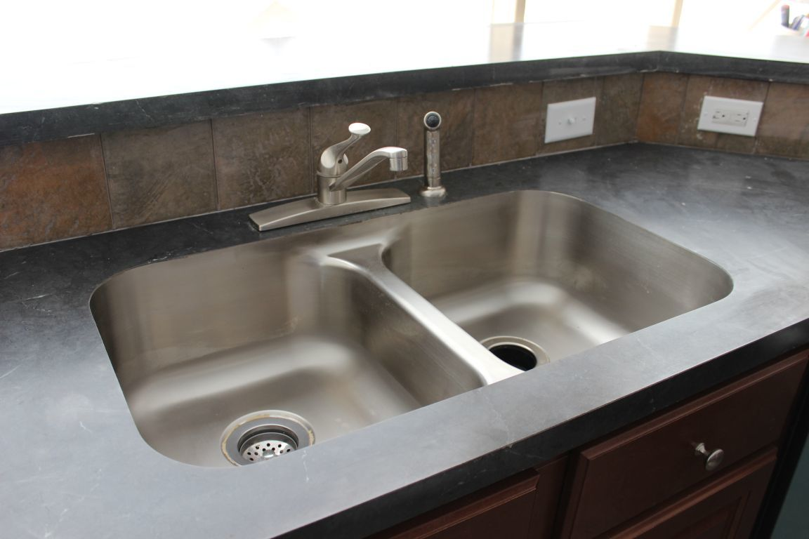 Kitchen Sinks | Pennwest Homes