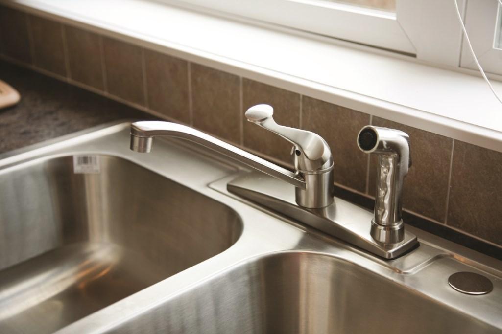 Std. Kitchen Faucet
